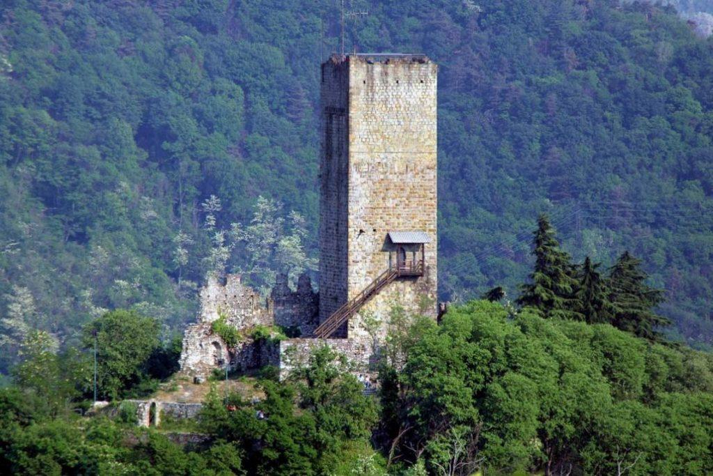 Castel Baradello-visitare Como-Enoteca 84 (4)
