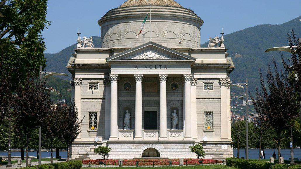 Tempio Voltiano-viistare Como--enoteca 84 (3)